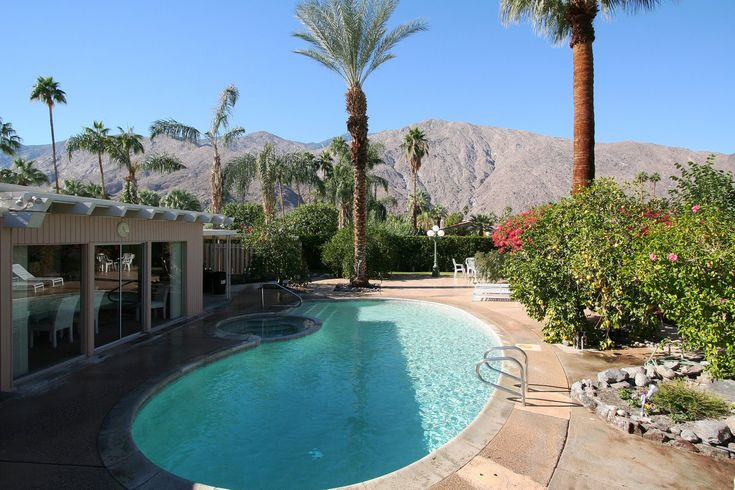 Spanish Mediterranean Architecture | ... Home Designs for a Huge House : Spanish Elegant Swimming Pool Design