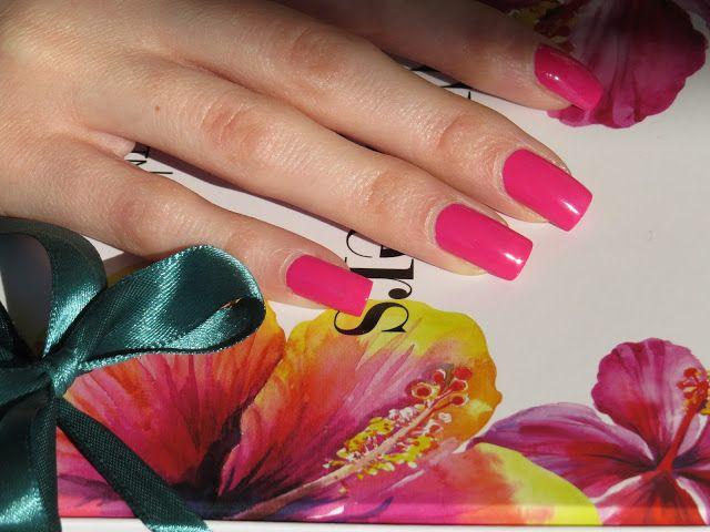 Belletto! make-up and beauty blog: Wild Flowers capsule collection, una primavera di colori firmata TNS Cosmetics
