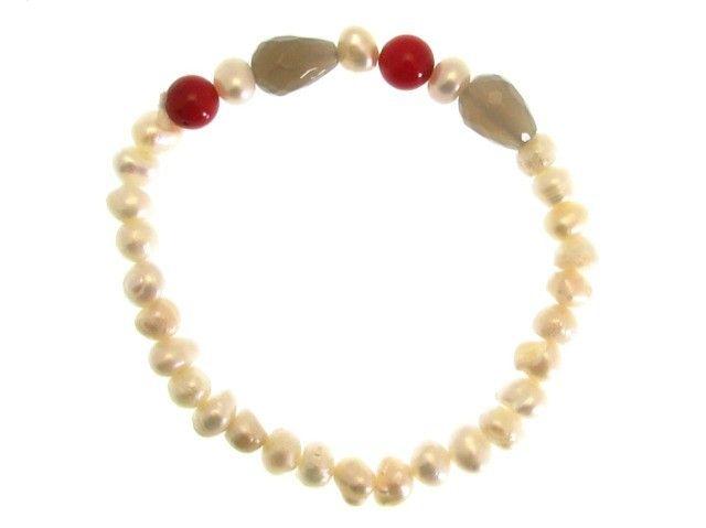 Bracciale elastico di Mujer in pietre naturali nei colori rosso, verde e giallo dell'autunno, lavorato a mano artigianalmente in Italia.  #bracciale #mujer #perline #palline #pietrenaturali #autunno #autumn #gioielli #bracciali #jewels #madeinitaly #fattoamano