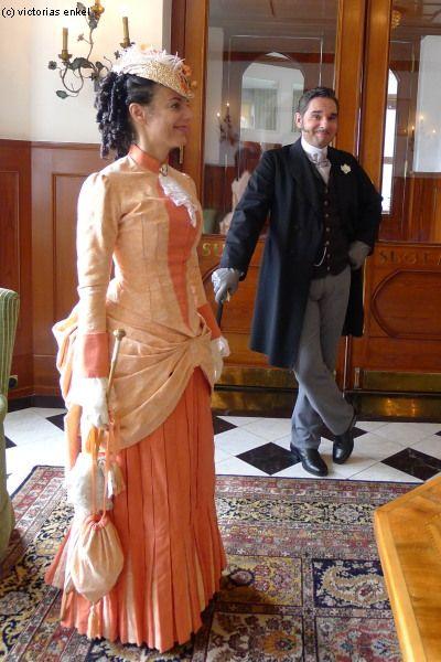 Natural form day dress by Victorias Enkel - Tageskleider Küraßmode