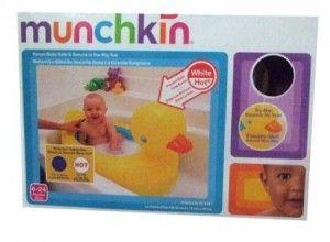 90.000  Bak mandi untuk si kecil merek Munchkin.  Bisa memberikan indikasi air panas, warna akan berubah bila terlalu panas.  Terdapat 4 model: Kitty, Hipo, Pooh, Gajah dan Duck/Bebek