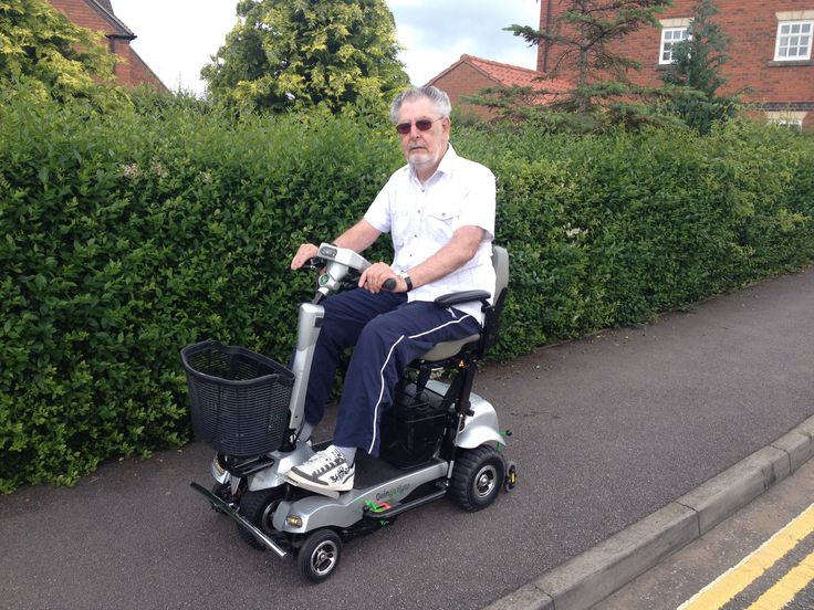 Mr Lattaway on his Quingo Flyte mobility scooter
