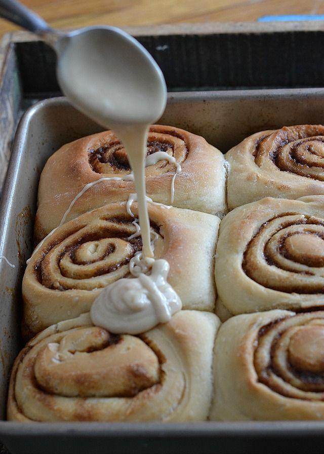 ... CINNAMON ROLLS !!! on Pinterest | Cinnabon, Apple cinnamon rolls and