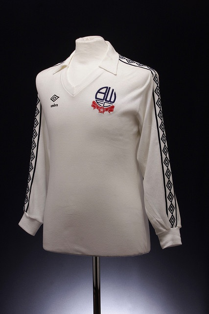 Bolton Wanderers Football Shirt (1977-1980, home)