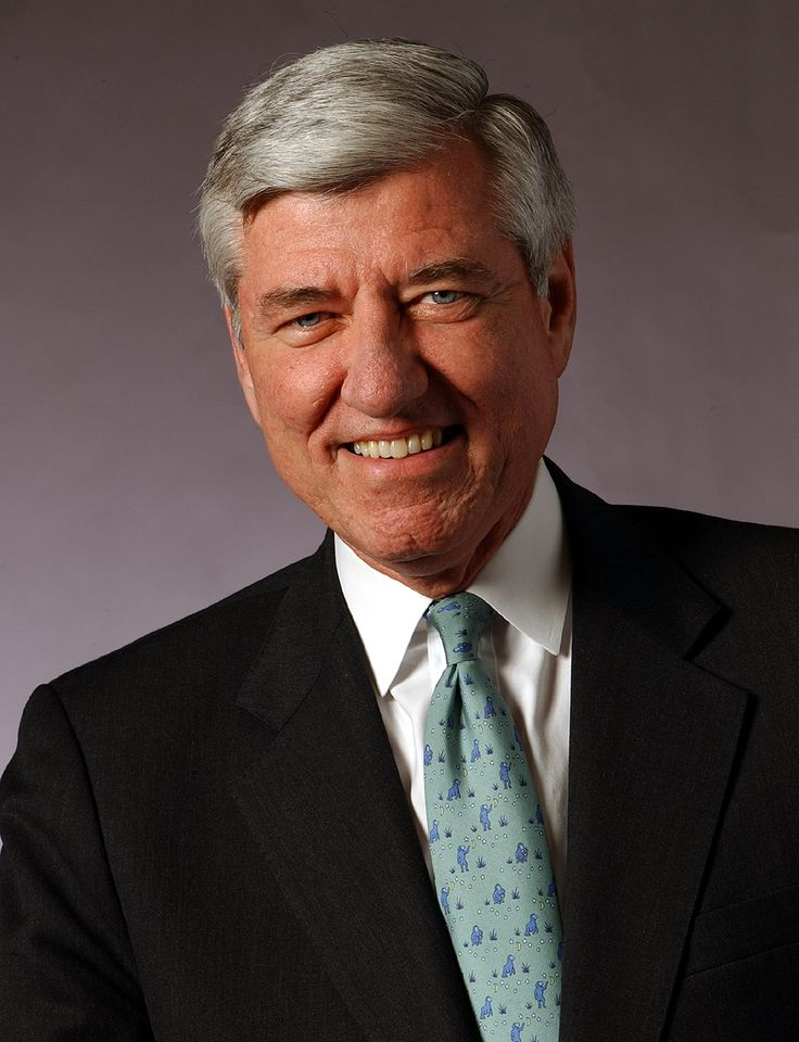 RICHARD H. BROWN, BSC '69 and HON '96, former chairman and CEO, Electronic Data Systems.  ---  Richard H. Brown was Chairman and Chief Executive Officer of Electronic Data Systems Corporation from 1999 to 2003; Chief Executive Officer of Cable & Wireless plc from 1996 to 1998; Member of the Board of E.I. du Pont de Nemours and Company since 2001 and Home Depot.  ---    President and chief executive officer of H&R Block, Inc. and vice chairman of Ameritech Corporation. He is a member of The…
