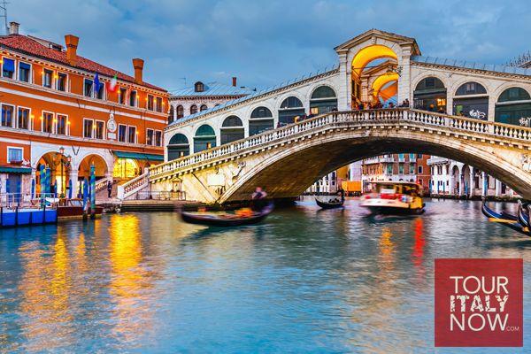 Ponte di Rialto bridge Venice Italy 1