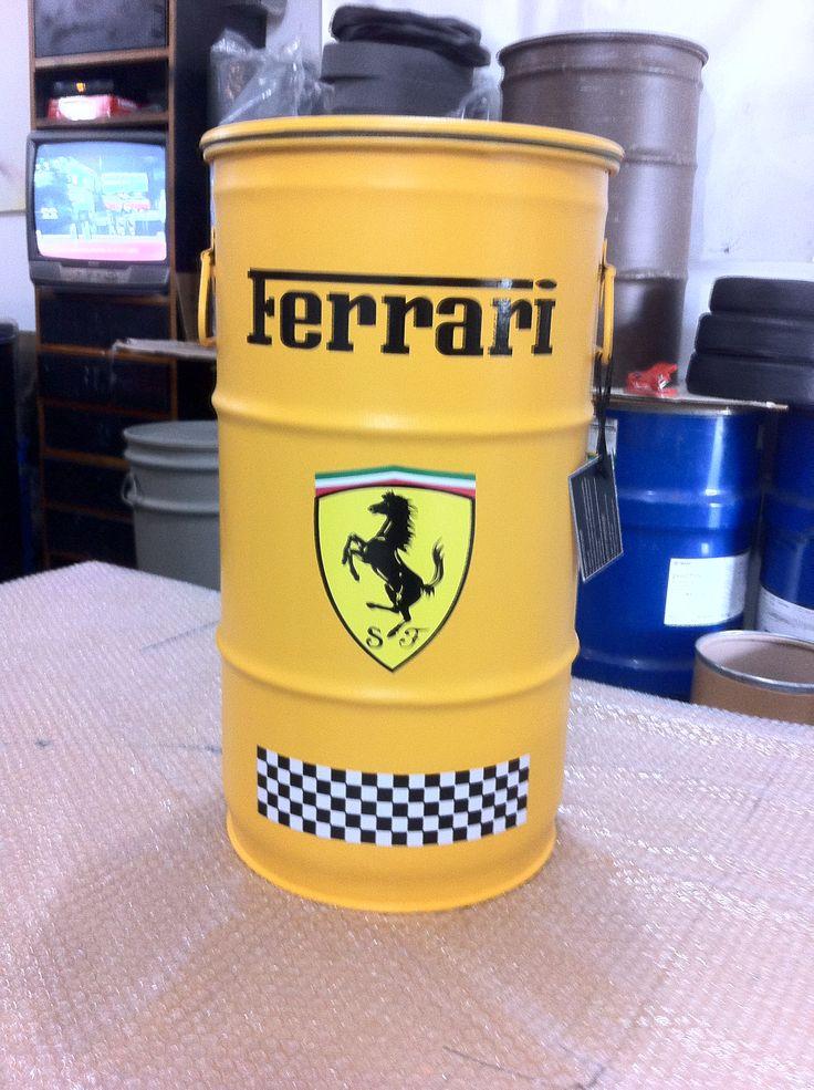 Ferrari  (  Amarelo) - Tampa removível e alças. P