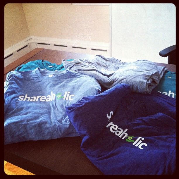 The 4 P's to running a successful online giveaway:  Comforter,  Puff