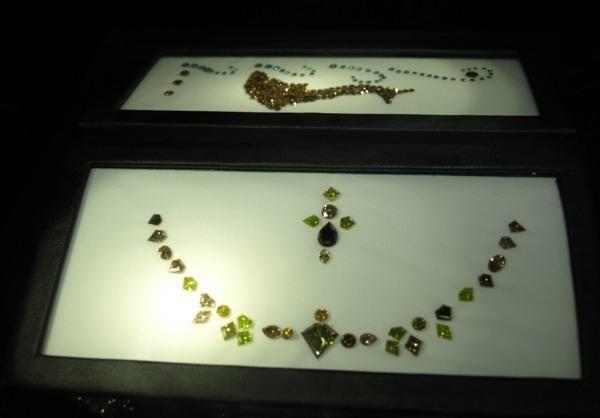 Цветные бриллианты, фантазийная окраска — в Бриллиантовая биржа в Израиле. http://apodarok.com/kupit/