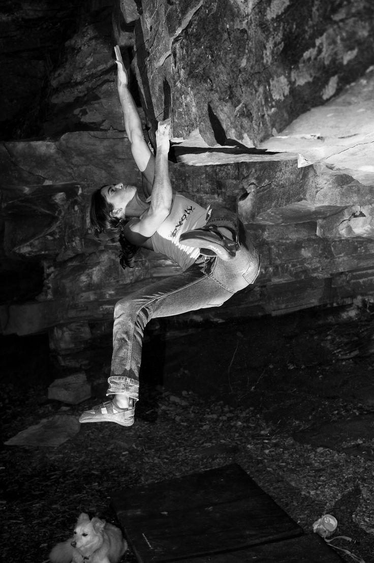 Mein Artikel, Bouldern — Natursport für Kreative wurde im DAV-Panorama ziemlich gekürzt abgedruckt. Hier kannst du ihn so lesen wie ich ihn…