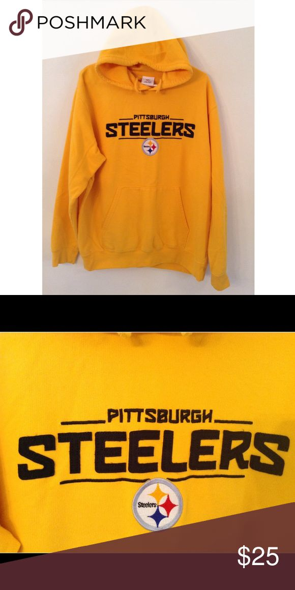 NFL Apparel Pittsburgh Steelers hoodie Selling a NFL apparel Pittsburgh Steelers hoodie. NFL apparel Shirts Sweatshirts & Hoodies