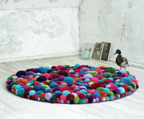 Bommelcarpet by MYK. Also available in the form of a