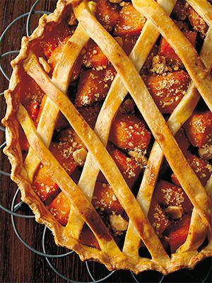 Рецепт «Сладкий тыквенный тарт с жареным миндалем» из книги «Выпечка сладкая и несладкая» Этот рецепт из раздела «Выпечка и пироги». #recipe #pastry #cookbooks #cookbooksru