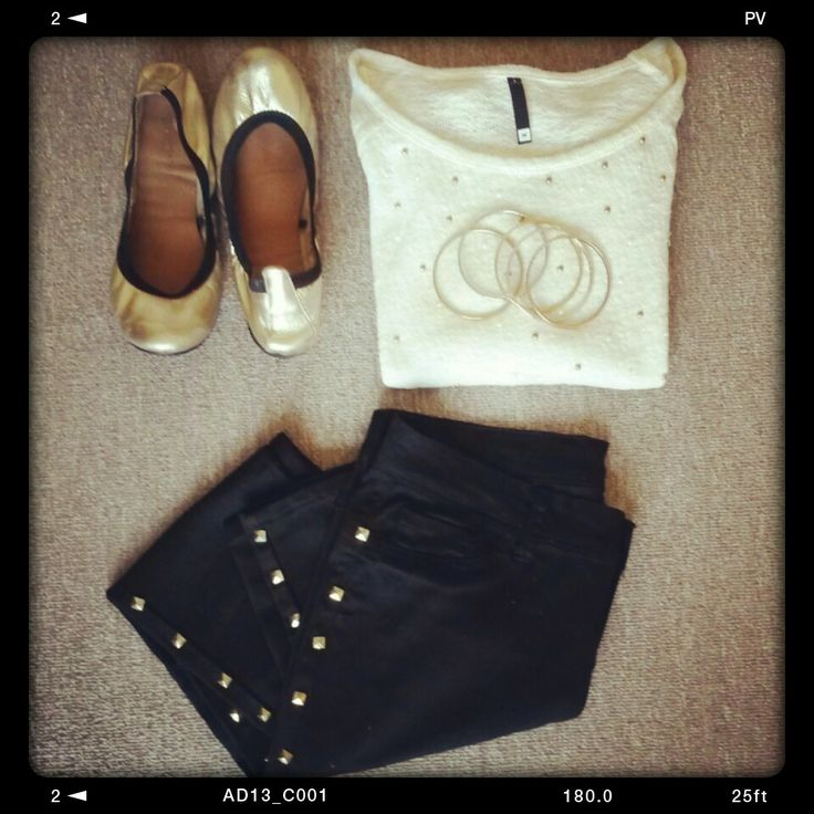 Studs galore! #missmouse #winteredit (this outfit: #woolworths embellished knit & pumps, #f21 studded bracelets, #foschini studded jeans)