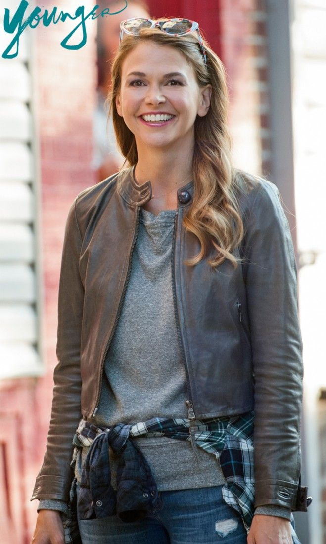 Sutton Foster as Liza in TV Land's new scripted series Younger - Premieres March 31st 10/9c