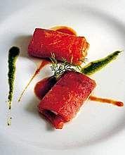 Involtini di peperoni alla griglia con acciughe e caciotta