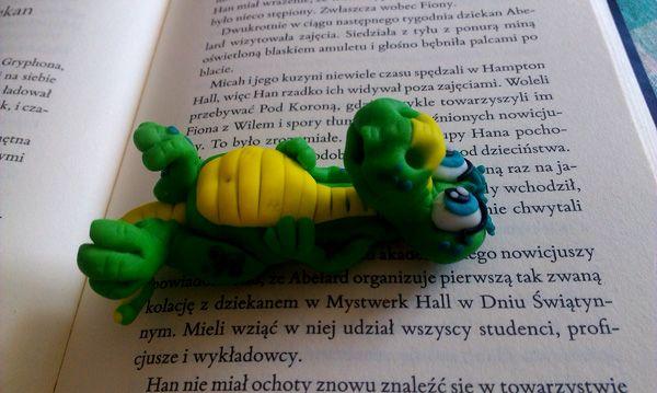 Rękodzieło moje - aligatorek z modeliny.
