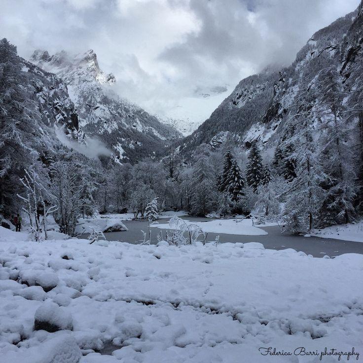 Val di Mello, Valtellina Italian alpine valley January 18 2015 Frosted river