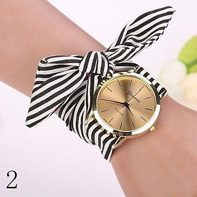 Женские Нарядные часы Модные часы Наручные часы Кварцевый Цветной Материал Группа Винтаж С подвесками Черный Белый марка - EUR € 3.91
