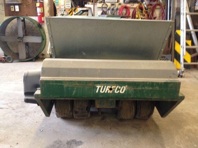 Turfco Top Dresser For Sale On Municibid Com Lawn Amp Farm