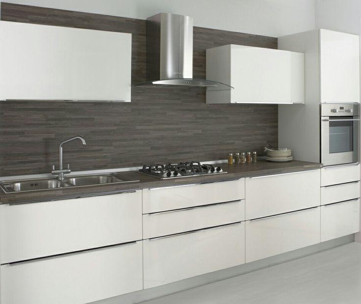 Cucina bianca top scuro piastrelle  idee CUCINA nel 2019  Cucine moderne Camere soggiorno