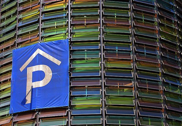 Colorful parking garage screen fencing and screening for Garage ad barlin