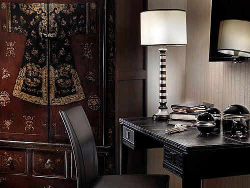 Deluxe Suites - Apollon Suites  http://divani-apollonsuites.com/