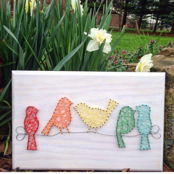 Oiseaux sur un fil de chaîne signe de l'art par my2heARTstrings