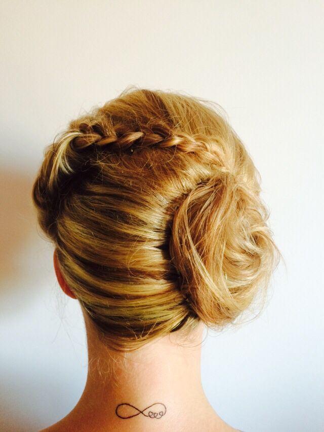 Popular 2015 brides/bridesmaid look.  Learn more about Joblack visit www.joblackweddinghairspecialist.com