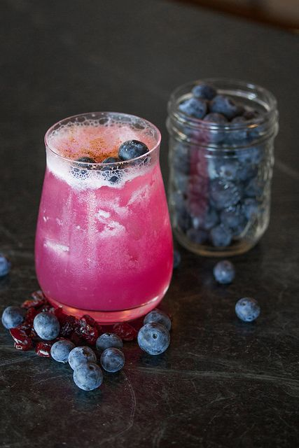 The Muskokan - Georgian Bay Gin, Blueberries, Lemonade & Nutmeg #Canoe #Toronto #Cocktail #Summer