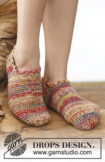 "Alina - Crochet DROPS slippers in 2 strands ""Fabel"". - Free pattern by DROPS Design"