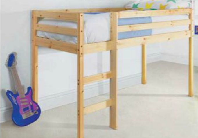 Best Bed On Stilts Kids Room Pinterest 400 x 300