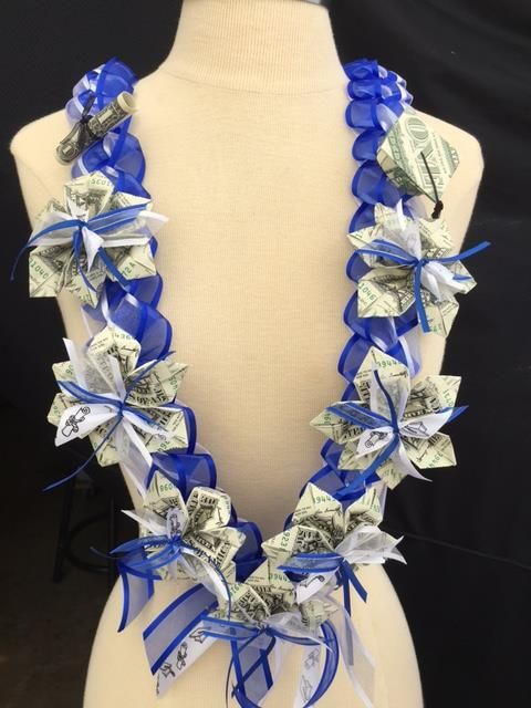 custom money lei with made to order colored ribbons and money denomintions