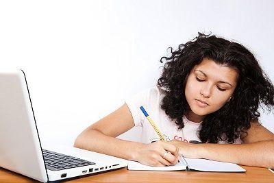 Cosa ti spinge a scrivere?