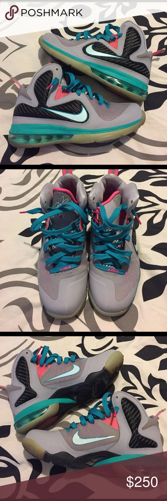 Nike LeBron South Beaches Nike LeBron South Beaches ☀️ Great condition. Nike Shoes Sneakers