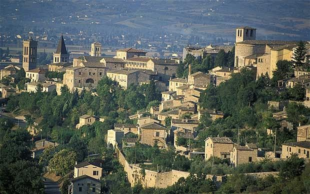 Umbria's medieval domain: Spello, Montefalco and Bevagna