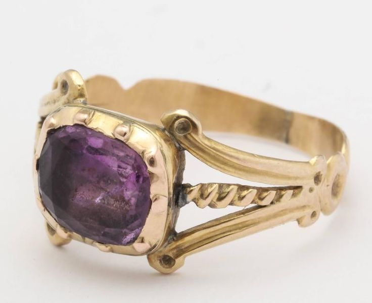 Georgian Amethyst Gold Ring with Victorian Shank  2   looking for (Board-Purple..du france# Amethist)
