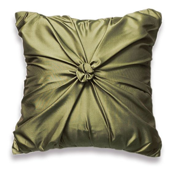 25 best images about Olive Green Throw Pillows on Pinterest Green velvet sofa, Green pillow ...