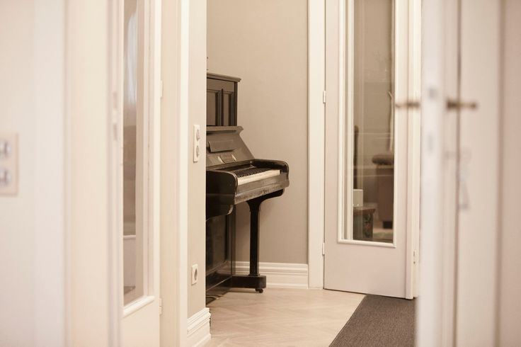 The silence, the white interiors and a piano... What more do you need for a relaxing afternoon? R'Urban by #PoemBoem. If we know we have a soul, we know we have to feed it. www.poemboem.com