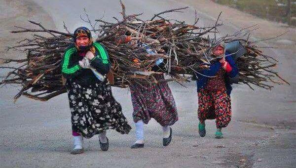 Köylü kadınlarının çilesi bitmez