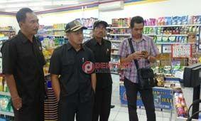 Dekat Pasar Tradisional, Toko Berjejaring Dituding Langgar Perda - http://denpostnews.com/2017/08/18/dekat-pasar-tradisional-toko-berjejaring-dituding-langgar-perda/