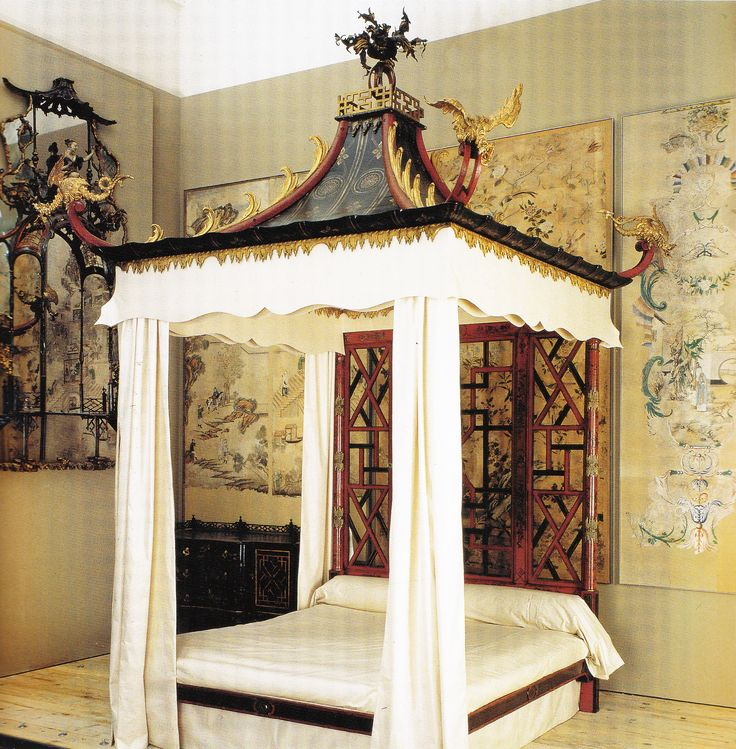Chinese Bed from Badminton. Book: Early Georgian Interiors by John Cornforth