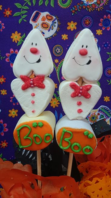Bombón (malvavisco) decorado con royal icing Fantasma - Giant Marshmallow decorated with royal icing halloween ghost
