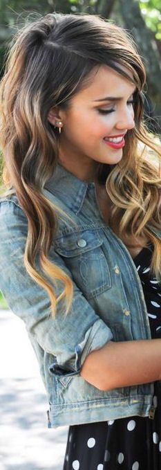This long wavy hair is beautiful. I do believe this is my next hairstyle, but i just hope it looks of the same quality on me.