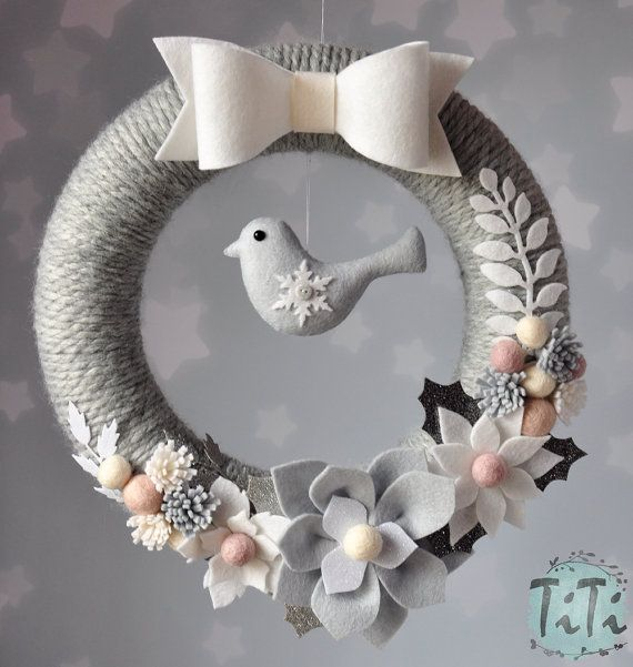 Winter wreath with flowers & bird Christmas wreath by TiTics
