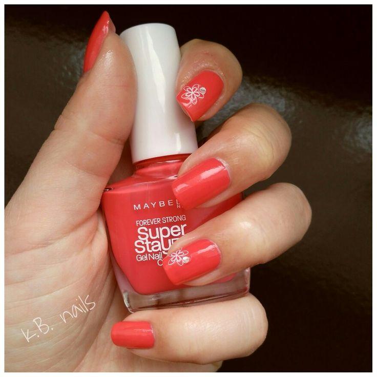 #nails #nailart #nailstagram #instanails #nailsofinstagram #manimonday #maybellinenewyork #maybelline #superstay7days #rosesalsa #hotsalsa  #springnails #whiteflowers