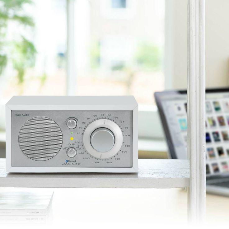 Tivoli Audio Tafelradio One Bluetooth wit zilver 21,3x13,3xh11,4cm - wonenmetlef.nl