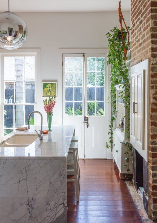 6 Kitchens That Will Persuade You to Pick Waterfall Edge