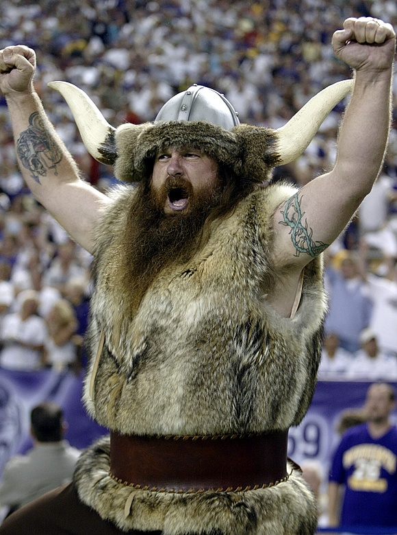 Ragnar,the Viking. Minnesota Vikings mascot. http://scottrajavuori.com/