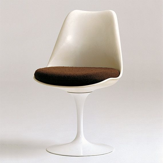Tulip Chair, No. 151 | Eero Saarinen | Design: 1956 Production: 1956 to the present Manufacturer: Knoll Associates, Inc., New York Size: 80.5 x 49.5 x 54; seat height 48 cms Material: varnished fiberglass-reinforced polyester, varnished cast aluminum, foam rubber, textile